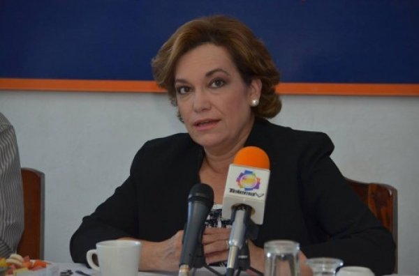 """""""Aprobación de reforma constitucional es un retroceso a la democracia en Sonora y en el país"""": María Dolores Del Río"""