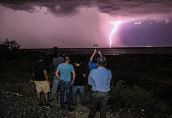 Emite Gobierno de Sonora aviso por tormenta costera
