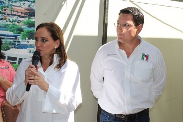 Inaugura Ruiz Massieu nuevas oficinas del PRI de Hermosillo