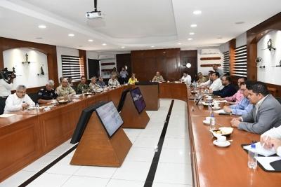 Preside Gobernadora Mesa de Seguridad en Guaymas