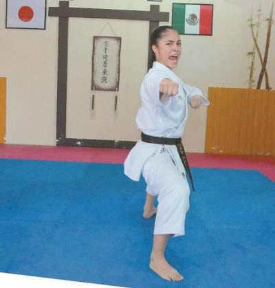 Califica la karateca sonorense Pamela Contreras a los Juegos Panamericanos