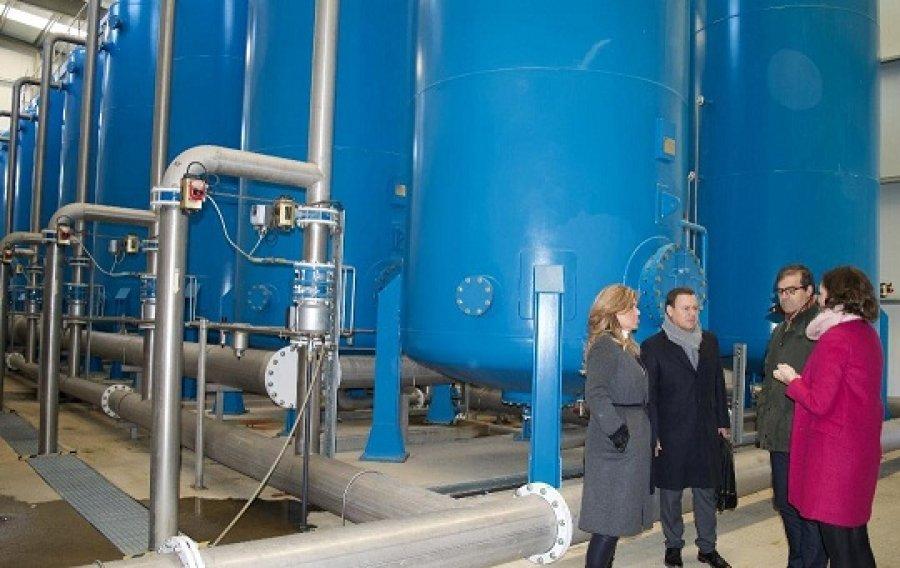 Establecen Gobernadora y Aqualia fecha de entrega de planta desalinizadora