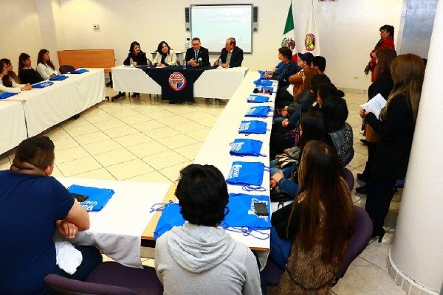 Se amplían y fortalecen las estrategias y relaciones con universidades extranjeras: Manuel Valenzuela