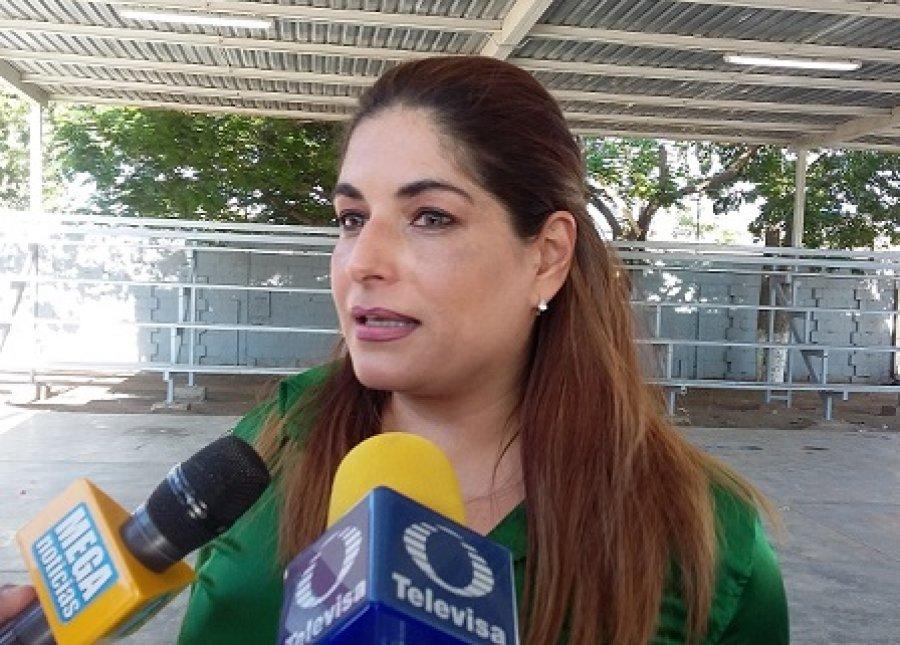 Sigue Alcoholes en campaña para evitar venta a menores: Zaira Fernández